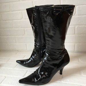 Miu Miu patent leather pointed boots 39.5